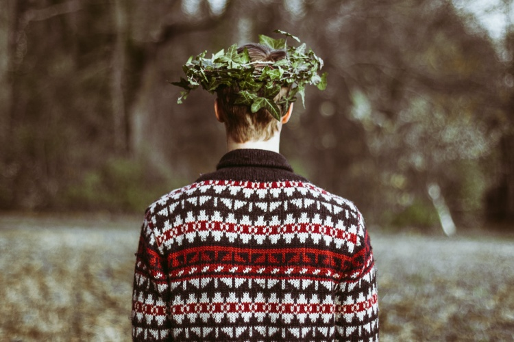 Mumford And Sons, Broken Crown, Crown, Wreath, Berries, Photography, Germany, Würzburg, Girl, Boy, Daniel Farò