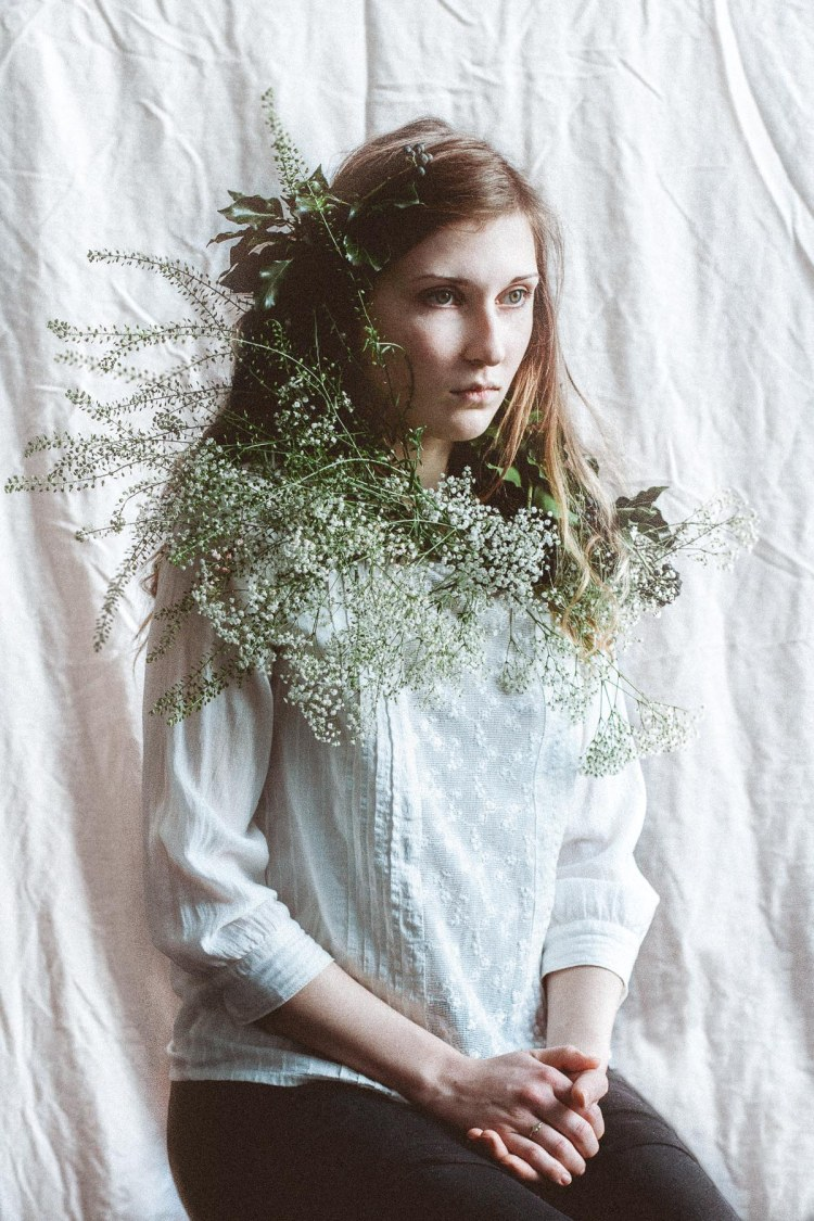 Girl, Flower, Hair, Backdrop, Photography, Daniel Farò, Inspired by P. H. Fitzgerald, Uni Project, Kommunikationsdesign, Würzburg, Germany